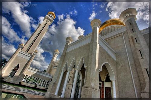 Sultan-Omar-Ali-Saifuddin-Bandar-Seri-Begawan-Brunei-mosque, masjid, masbadar.com