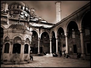 mosque-instanbul-turkey-wudhu-man, masjid di istanbul turki, masbadar.com