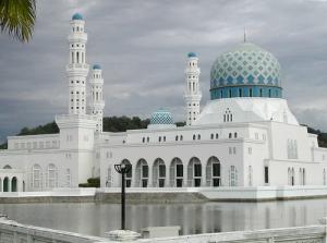 mosque-Kota-Kinabalu-Sabah-Malaysia, masjid di malaysia, masbadar.com