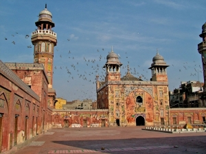 Wazir-Khan-Mosque, masjid di pakistan, masbadar.com