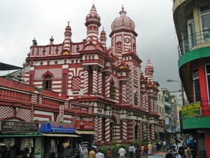 Sri-Lanka-brilliantly-painted-Mosque