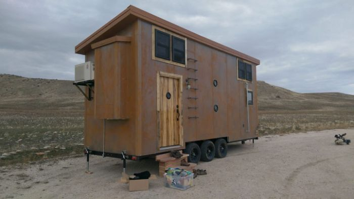tiny-homes-perfect-for-little-space-incredible-steampunk-tiny-house