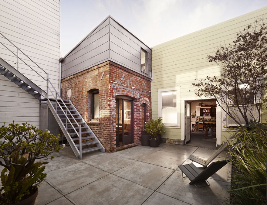 tiny-homes-perfect-for-little-space-the-boiler-room